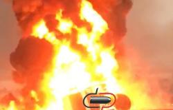 Veja vídeo! Caminhão petroleiro e ônibus  pegam fogo apos colisão  na BR 364, próximo  a Itapuã