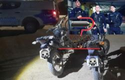 Guarnição de Rádio Patrulha recupera motocicletas antes de serem atravessadas para a Bolívia e fossem trocadas por armas e drogas