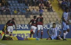 Ji-Paraná é goleado pelo Flamengo na estreia da Copa São Paulo confira.