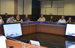 Autoridades e empresários discutem estratégias para fortalecer o turismo
