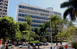 Mendes revoga lei que garantia renúncia fiscal às universidades particulares
