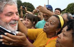 Pesquisa aponta vitória de Lula em 2018 em qualquer cenário