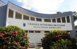 Câmara de Vereadores de Cuiabá divulga lista dos 457 comissionados exonerados