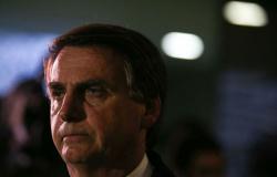 PSL chama Bolsonaro de autoritário e nega filiação