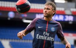 PSG descarta trocar Neymar por Cristiano Ronaldo