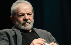Em carta ao mundo, Lula diz estar em duvida de que haverá justiça em seu caso