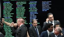 Economistas já preveem recessão após reforma da Previdência
