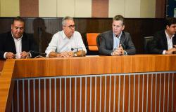 Governo do Estado destina R$3 milhões para bolsas científicas