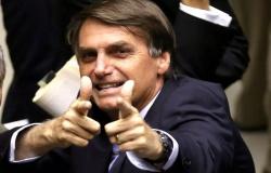 Parlamento Europeu recebe denuncia contra Bolsonaro por crime contra humanidade