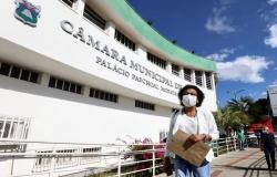 Secretária de Saúde de Cuiabá diz que racismo motiva ataques por medicamentos vencidos no município