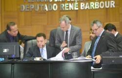 Deputados aprovam PEC que pode destravar indicação da ALMT ao TCE