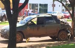 Morador é baleado dentro do carro ao sair de casa e morre