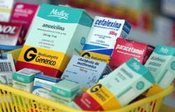 Drogaria é condenada a pagar R$ 15 mil a consumidor por venda de medicamento vencido