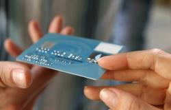 Banco deve indenizar cliente por cartão clonado