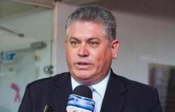 Sinjusmat pede bloqueio de R$ 250 milhões do estado e quer afastar Taques