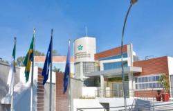 Municípios cobram R$ 143 milhões do Governo do Estado em repasses atrasados