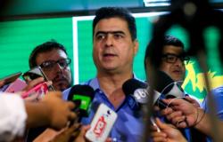 Emanuel anuncia lançamento de licitação do transporte coletivo para outubro