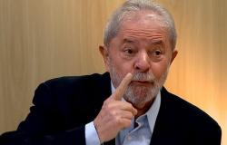 LULA: BOLSONARO É 'DESASTROSO' E GOVERNA PARA 'MILICIANOS'