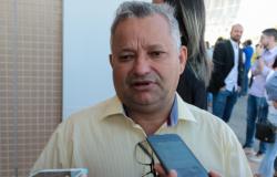 Câmara de Cuiabá cria verba de R$ 7 mil para chefes de gabinetes