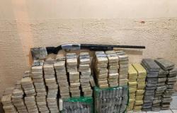 Polícia apreende 230 tabletes de drogas após perseguir traficantes na região da fronteira