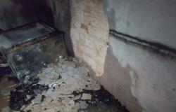 Casa da mãe de estuprador de menina de 8 anos é incendiada
