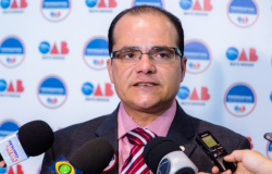 Presidente da OAB analisa recurso contra decisão de ministro