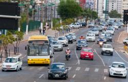 Motoristas devem pagar Seguro DPVAT para efetivar a emissão do licenciamento veicular anual