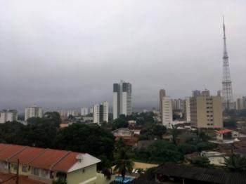 Semana será de céu encoberto e chuva na Capital e Baixada Cuiabana