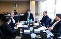 Ministro se diz favorável ao VLT e garante decisão sobre o modal até o próximo dia 11