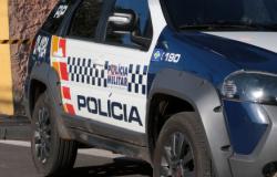 Ladrões causam acidente e roubam policial em Várzea Grande