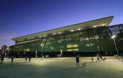 Entorno da Arena Pantanal é reaberto para o público