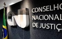Judiciário prorroga fechamento de unidades e suspensão de prazos em processos físicos