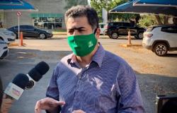 Emanuel propõe antecipar toque de recolher para 19h e diz que lockdown é última alternativa