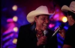 Johnny Everson Participação Especial de César e Paulinho - Medley Cuiabano