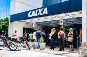 Auxílio Emergencial: beneficiários do Bolsa Família começam a receber a 1ª parcela de R$ 300