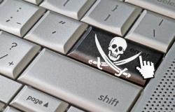 Polícia cumpre mandados em MT e outros nove Estados por pirataria digital; bloqueio de sites e apps