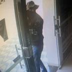 hauahuahauhauhauahhauhauahuahuahauhuPolícia divulga fotos dos criminosos que roubaram cooperativas em Nova Bandeirantes