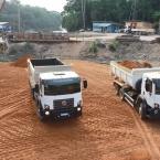 hauahuahauhauhauahhauhauahuahuahauhuPrefeito Osmar visita obra de ponte de concreto que liga Paranaíta e Apiacás