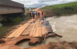 Grande volume de chuva faz cabeceira de ponte romper na MT-208 próximo a Nova Monte verde