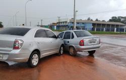 MT-208: Choque entre veículos é registrado no perímetro urbano de Alta Floresta