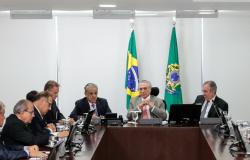 Michel Temer recebe representantes da indústria mato-grossense e garante conclusão da BR-163