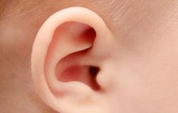 Teste da orelhinha: diagnóstico permite que bebês com deficiência auditiva desenvolvam a comunicação precocemente