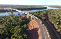 Governadores inauguram ponte que liga Mato Grosso e Goiás