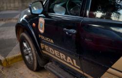 PF deflagra operação e cumpre mandados na casa de Emanuel Pinheiro e Assembleia Legislativa