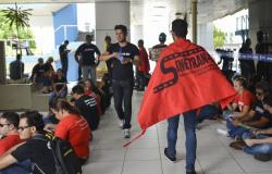 Governo de MT encerra negociações com Sinetran até segunda ordem
