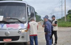 Ager faz operação em Alta Floresta na busca de irregularidades no transporte intermunicipal