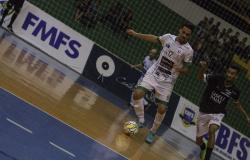 Centro América de Futsal tem rodada inicial com 110 gols