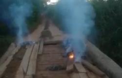 Ponte de madeira é queimada em comunidade rural de Alta Floresta; Vídeo