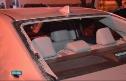 Policial reage a assalto, entra em confronto com ladrões e atira em um deles em MT