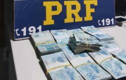 Trio é preso pela PRF com mais de R$ 96 mil em dinheiro para compra de votos
